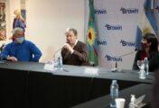 CASCALLARES ENTREGO TITULOS Y LIBROS DEL PLAN FINES EN BROWN